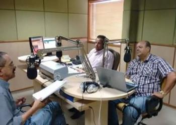 Foto:Prefeito no estúdio da 106 FM de Guanambi